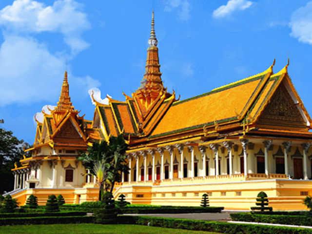 曼谷-湄南河-大皇宫-玉佛寺-大理石寺-人妖表演泰开心抵玩六天团