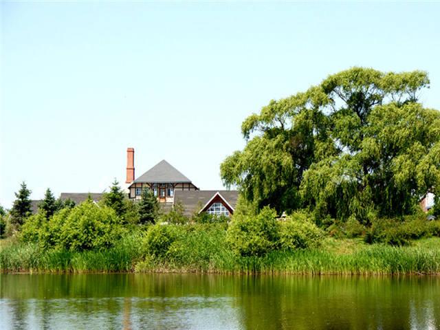 东方小哈尔滨、哈啤博物馆、镜泊湖、长白山天池、大关东文化园、朝鲜民俗村、长春净月潭双飞6日游