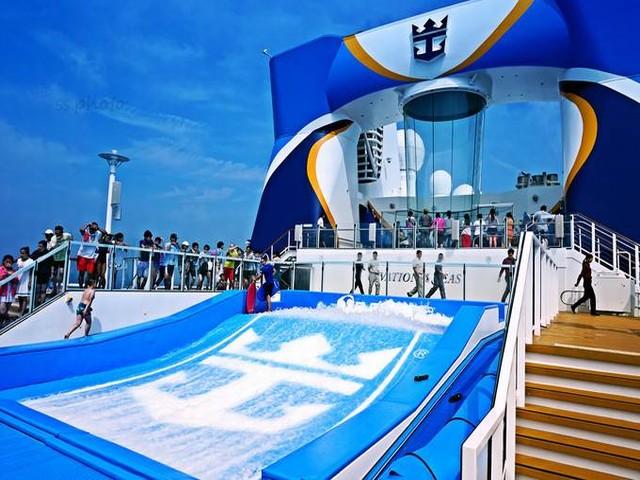 皇家加勒比海洋赞礼号-香港-真美-芽庄-香港6天5晚