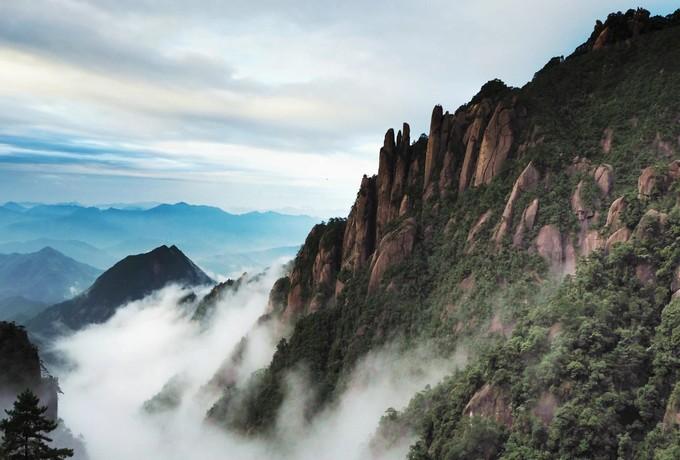 【江西】人文圣山庐山、三叠泉瀑布、南昌双卧四天团