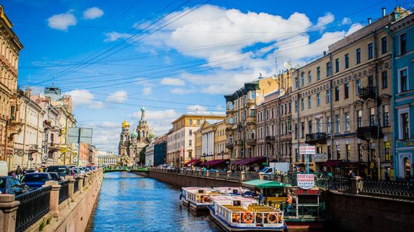 冬日恋歌·特惠系列-俄罗斯双首都+皇家双庄园八天之旅